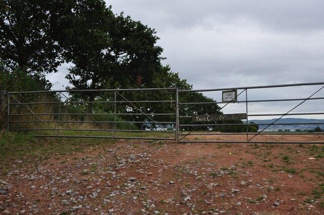 Teignbridge : Field Entrance