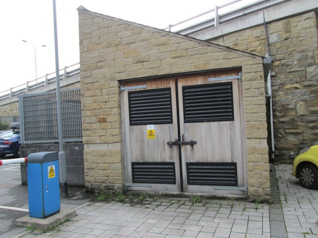 Electricity Substation No 48136 - Elsie Whiteley Mill - off Hopwood Lane