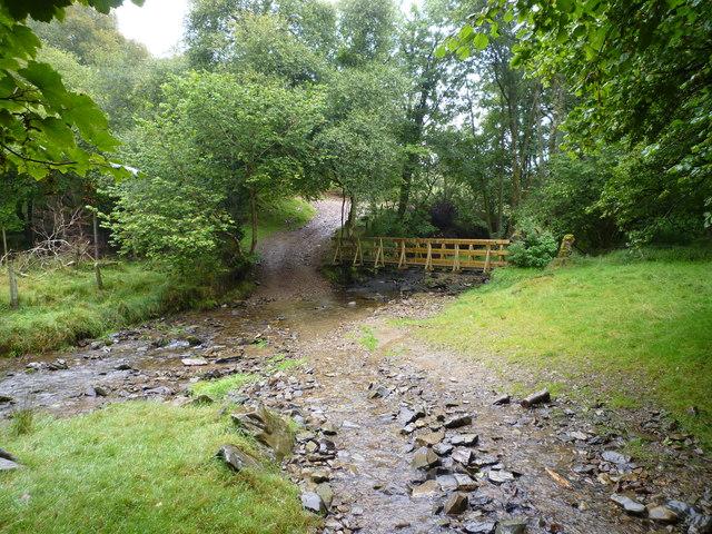 Hoaroak Water, bridleway, ford and footbridge