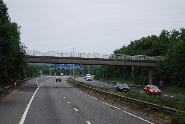 Footbridge over the M25 spur