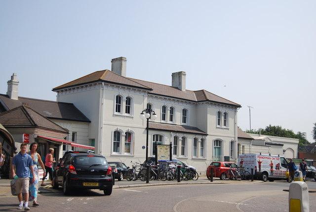 Old Hove Station