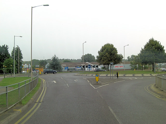 Norcott Road junction with A329