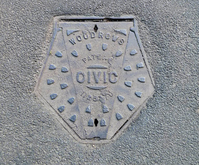 Manhole cover, Limington