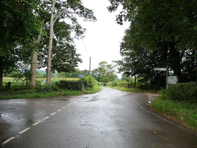 Crossroads on the way to Llanover