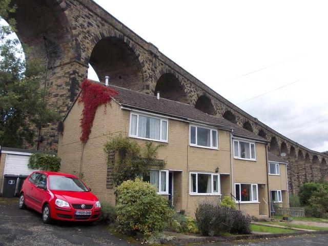 Houses on Bank Lane, Denby Dale