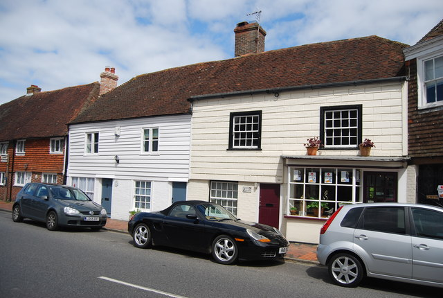 Weatherboarded cottages, Burwash