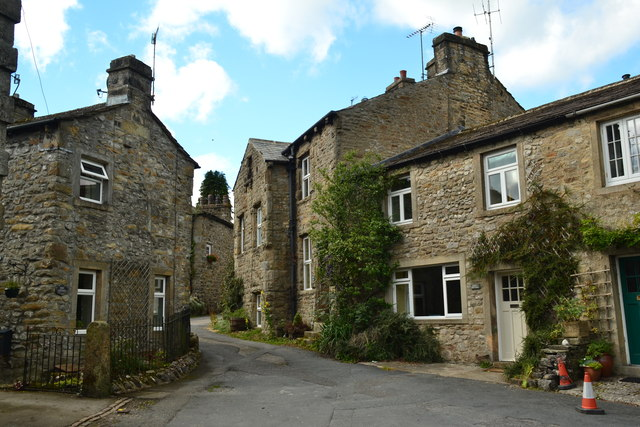 Cottages in Linton