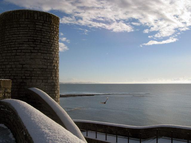 Gun Cliff in winter