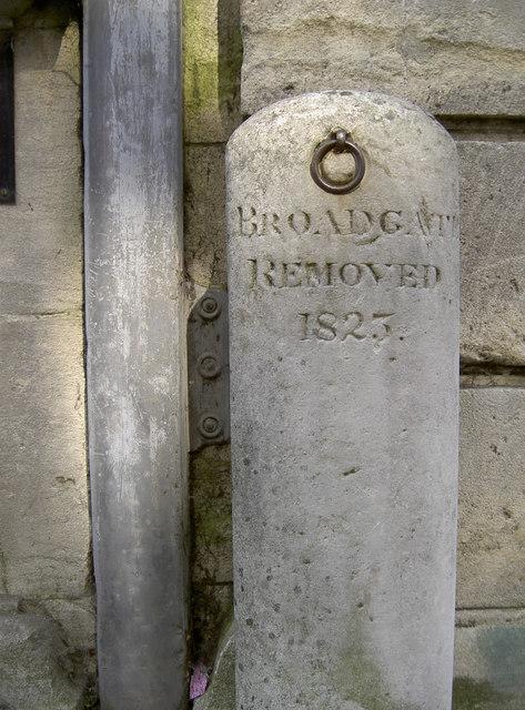 Broadgate post