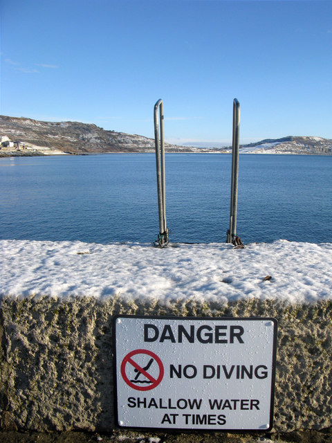 No diving at Lyme Regis