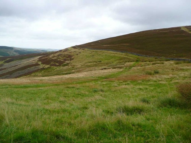 The Southern Upland Way bends around the head of Wolf Glen