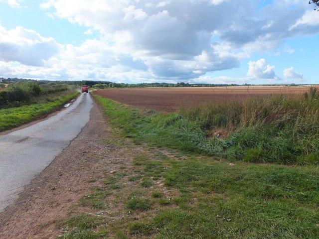 Quiet road near Alemill