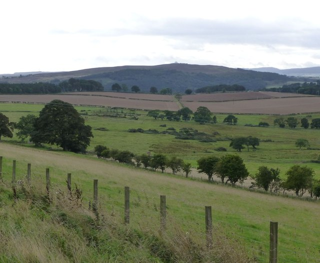 Pasture and arable land south west of Heifer Law