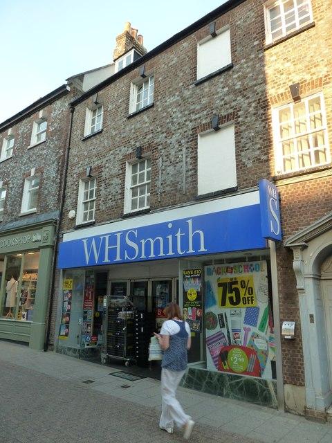 W.H. Smith, South Street