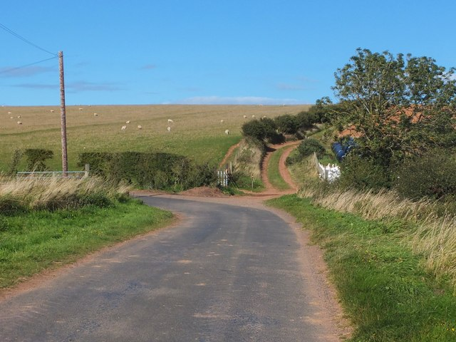 Junction of minor road and farm track near Alemill