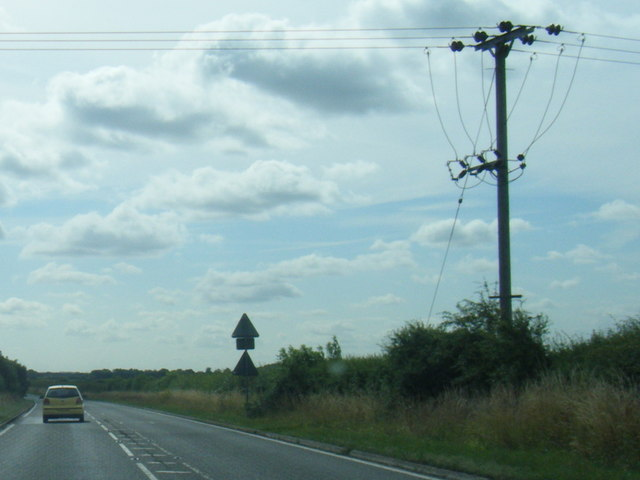 A158 and power lines east of Langton by Wragby