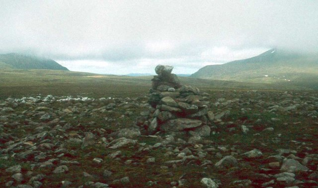 Cairn at the head of Coire Eindart