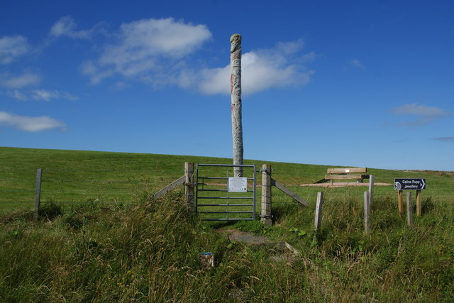 Holm Totem Pole