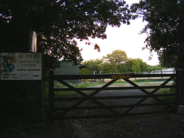 Entrance to Quinces Kennels & Cattery