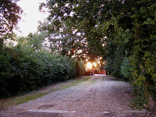 Entrance to Lodge Farm