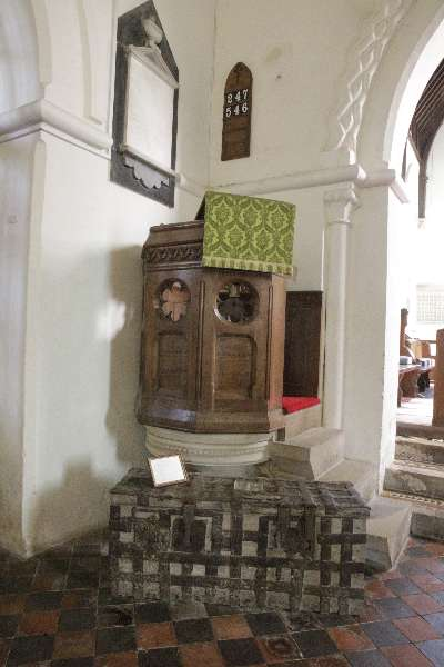 Pulpit and trunk