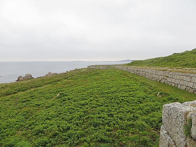 South-western stretch off The Garrison Wall