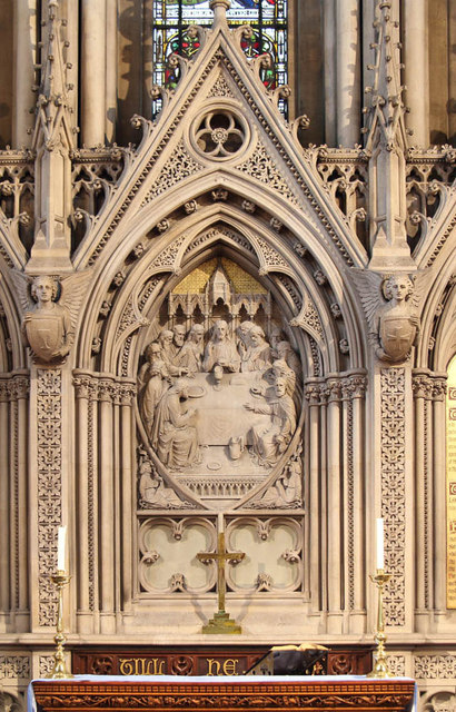 St Matthew, St Petersburgh Place - Reredos