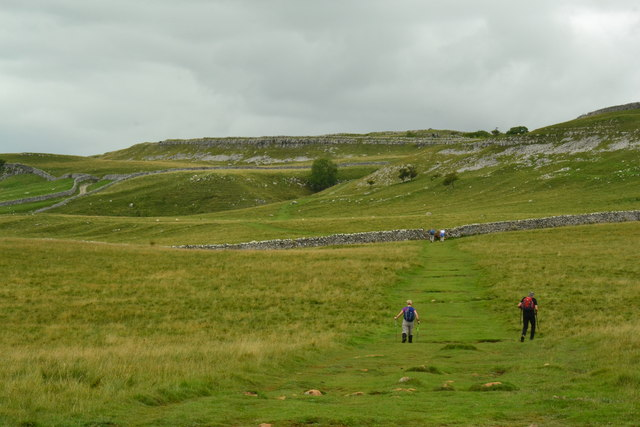 Walkers on the Dales Way