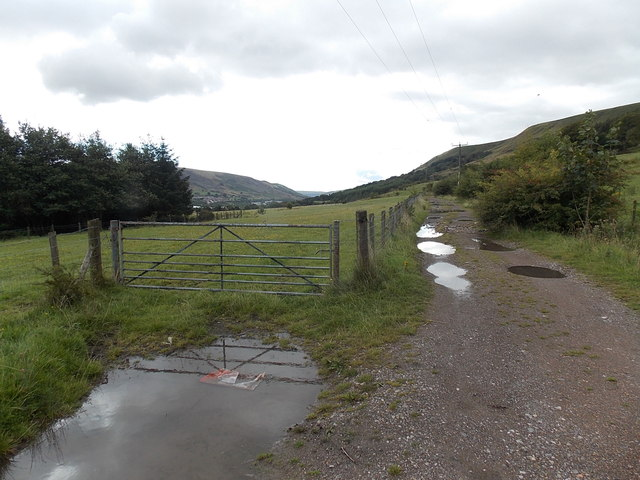 Gate to a field south of Roundhouse Farm Nantyglo