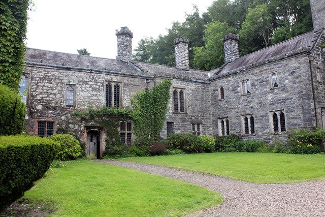Gwydir Castle B5106 Llanrwst