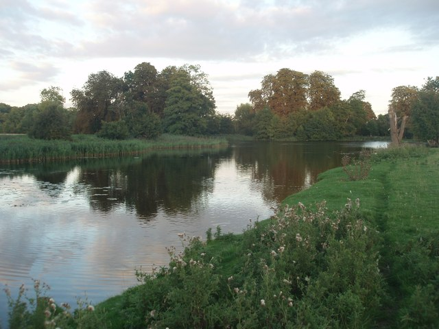 The lower lake at Wimpole Hall