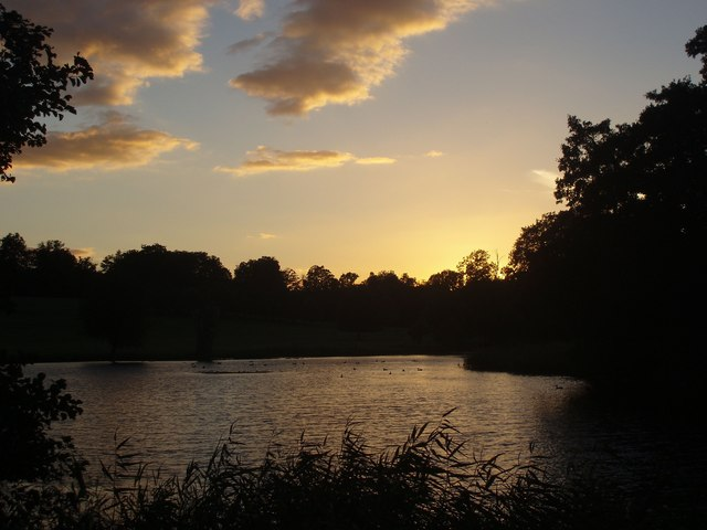 Sunset over the lower lake at Wimpole Hall