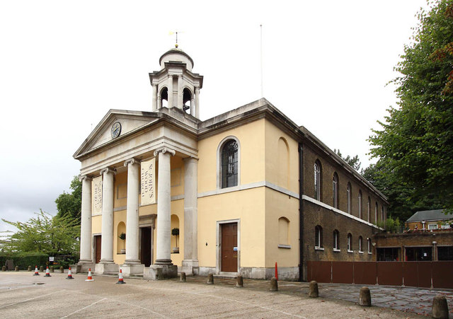 St John's Wood Church, Lord's Roundabouts