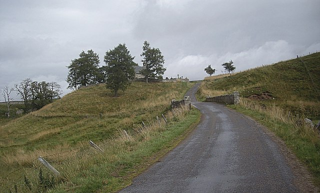 Approach to Cabrach kirk