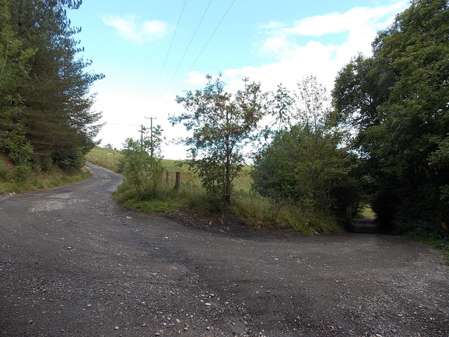 Sharp bend in a track near Coalbrook Vale, Nantyglo