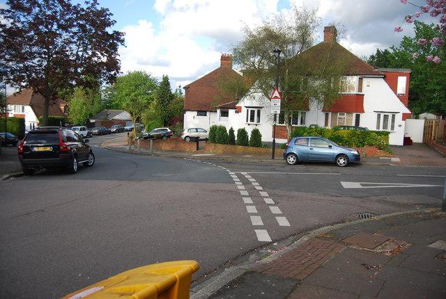 Lamberhurst Rd, Lakeview Rd junction