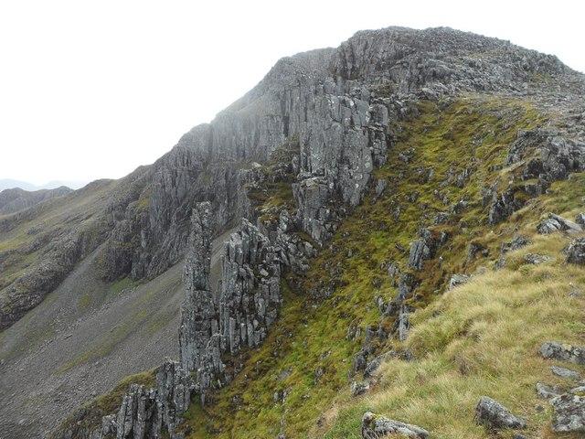 Rocky pinnacles on the ridge to Stob Coire nan Lochan