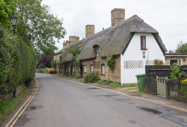 Thatched cottages, Mill Street