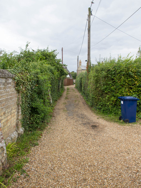 Footpath towards Huntingdon Road