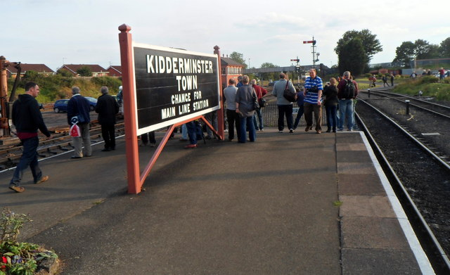 Large nameboard at the southern end of Kidderminster Town railway station