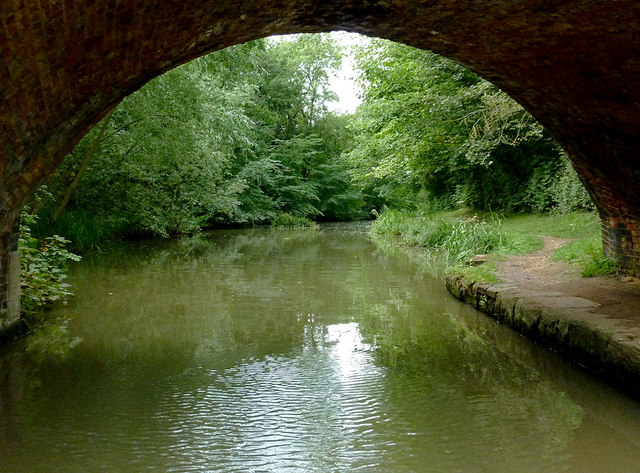 Grand Union Canal near Newton Harcourt, Leicestershire