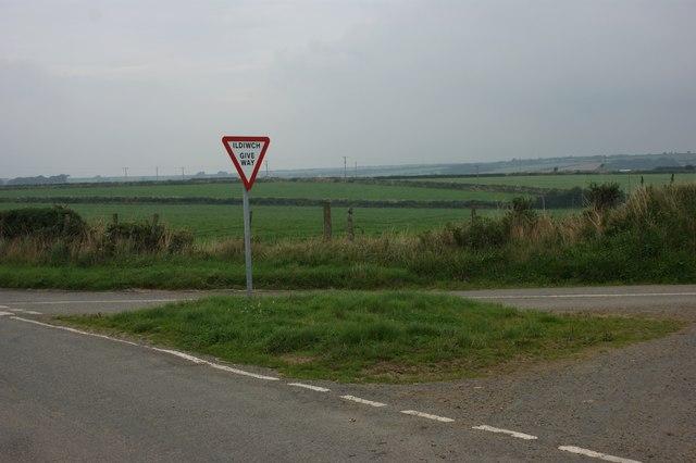 Crossroads near Pont-yr-Hafod