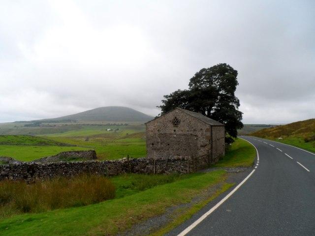 Barn near Gearstones