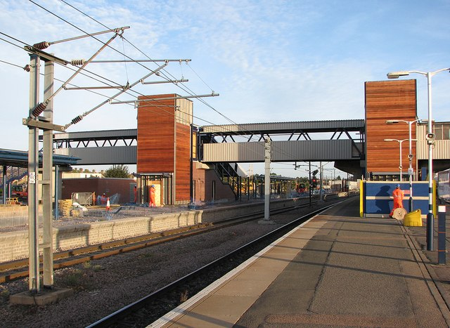 Peterborough Station: new platform and extended footbridge