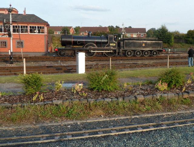 30120 near the signalbox at Kidderminster Town railway station
