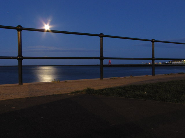 Early evening moonlight over the River Tyne
