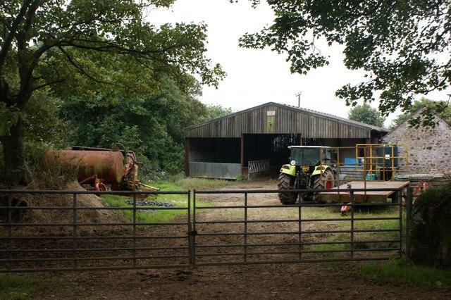 Farmyard at Clawdd-cam