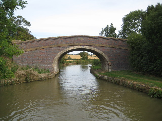 Grand Union Canal: Bridge Number 59