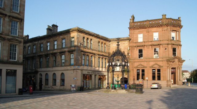 Cathcart Square and the Lyle Fountain