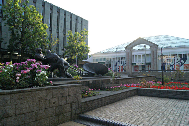 Clyde Square and Men of the Clyde